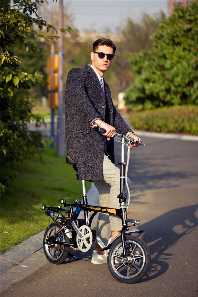 Airwheel R3 전기 자전거